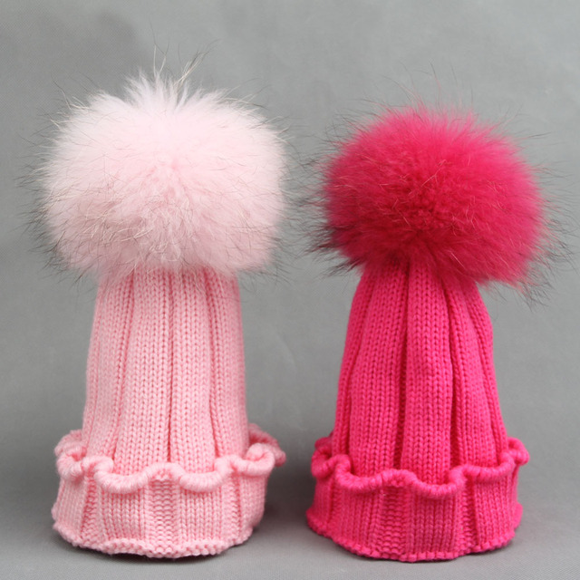 eeb0200e0b2ff Retail 8 Candy Colors Girl Beanie Winter Kid Hat 16 cm 100% Real Raccoon  Fur Pom Pom Knitted Boy Beanie Children Crimping Beanie