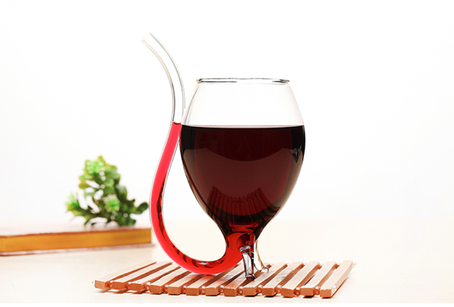 Free Shipping 2Pieces 11oz Big Size font b Wine b font Glass With Build in Straw