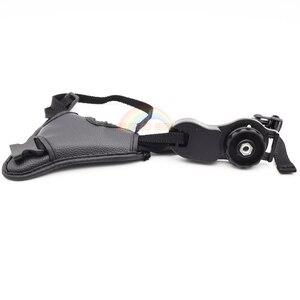 Image 5 - جلد طبيعي المعصم اليد حزام أسود جلد كاميرا اليد حزام قبضة عالية الجودة الثلاثي SLR/DSLR كاميرا جلدية حزام لينة