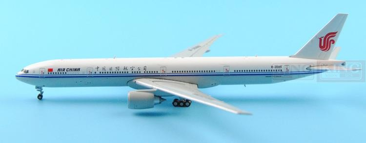 GJCCA1366 B777-300ER China International Aviation B-2086 1:400 GeminiJets commercial jetliners plane model hobby phoenix 11037 b777 300er f oreu 1 400 aviation ostrava commercial jetliners plane model hobby