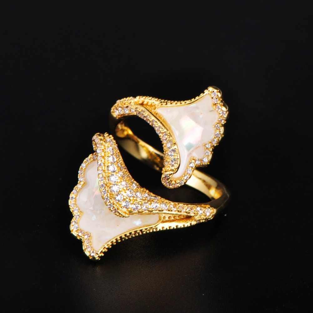 Blucome ประณีตแหวนกำไลข้อมือชุดกลีบดอกไม้ Zircon ทองแดงเครื่องประดับชุดสำหรับสุภาพสตรี Party Gold สี Luxury Best ของขวัญ