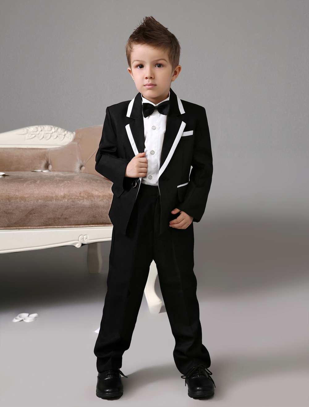 Four Pieces Luxurious formal black boys suits Ring Bearer Suits kids Tuxedo With Black Bow Tie