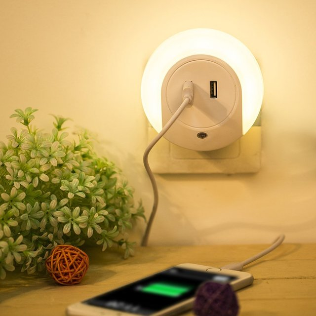 Dual usb charger led night light with dusk to dawn sensor and dual dual usb charger led night light with dusk to dawn sensor and dual usb wall plate aloadofball Image collections