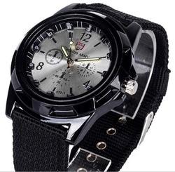 Marca de luxo Da Moda Pulseira Relógio de Quartzo Militar Homens Esportes relógios de Pulso Relógio Hour Masculino Relogio masculino 8O35