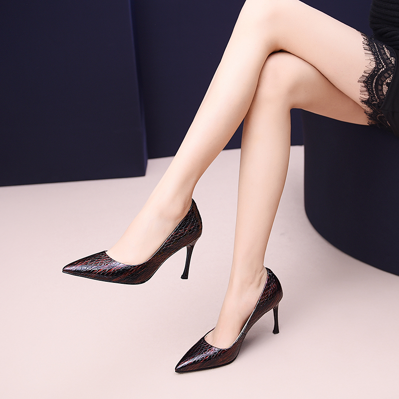 Womens leather shoes 21.5-24.5cm Europe and America Handmade Cow patent leather office&career ladies pumps Snake skin patternWomens leather shoes 21.5-24.5cm Europe and America Handmade Cow patent leather office&career ladies pumps Snake skin pattern