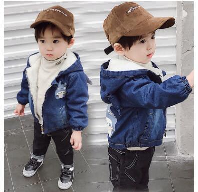 Beminnelijk 2017 Winter Nieuwe Kinderen Super-zachte Composiet Denim Stof Plus Kasjmier Koreaanse Mode Kinderen Lam Jas