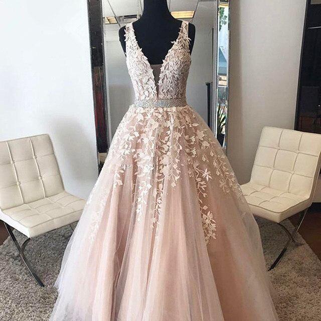 Blush Muslim Evening Dresses 2019 A-line Deep V-neck Tulle Lace Beaded Islamic Dubai Saudi Arabic Long Evening Gown Prom Dress