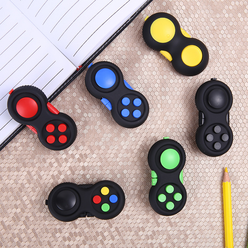 2018 Hand Pad Fidget Cube Toys Stress Relief Puzzle Magic Pad Anti Stress Game Handle Decompression Adult Kid Toy Gifts in box edc novelty stress relief toy fidget magic cube