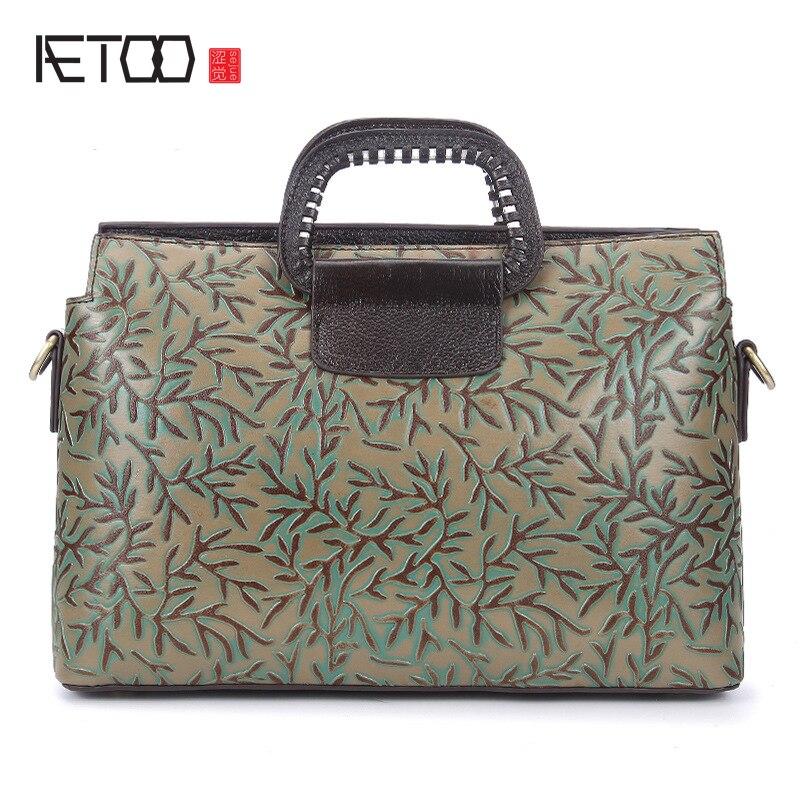 2017 New retro fashion handmade wiping embossed leather handbag bag Messenger bag fashion baggage package все цены