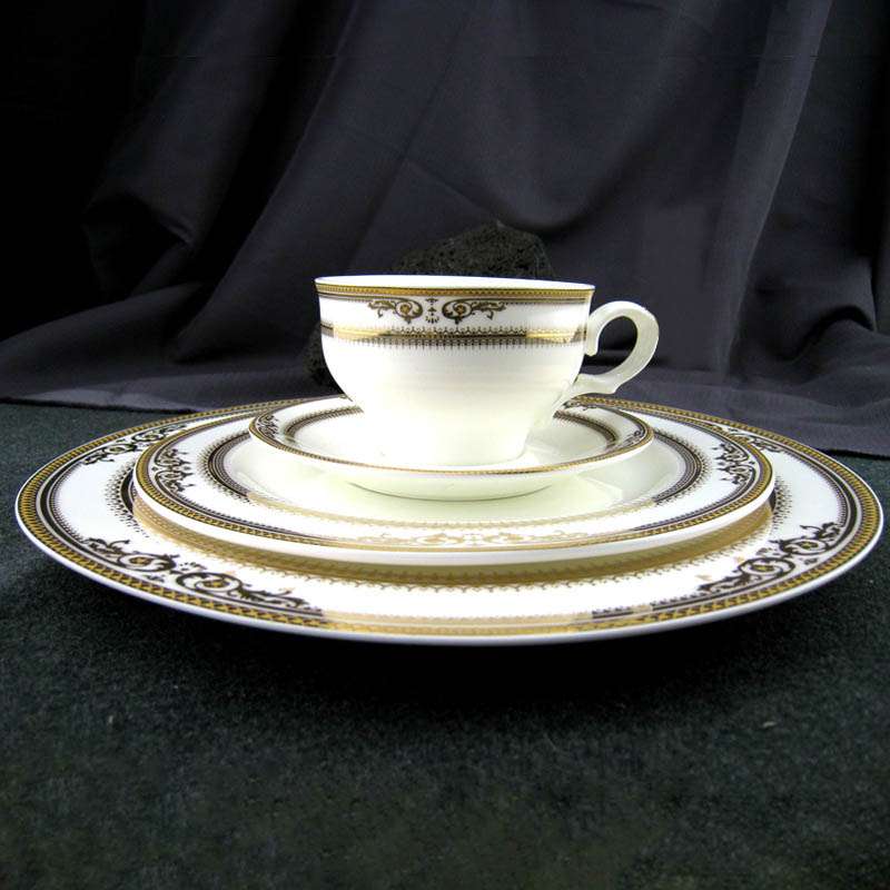 Compra vajilla de porcelana china online al por mayor de for Compra de vajillas online