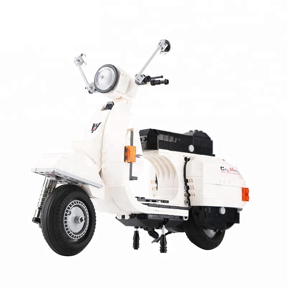 732pcs-white-color-scooter-model-plastic-diy