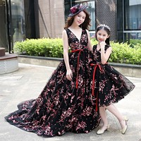 Mother Daughter Dress for Wedding Clothes Sleeveless Black Mom and Daughter Dress Fashion Summer Autumn Floral Family Clothing