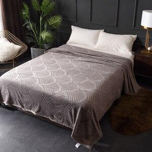 Image 5 - Рельефная Коралловая флисовая фланель одеяла 300GSM 8 сплошной летний плед Зимний диван покрывало теплые одеяла
