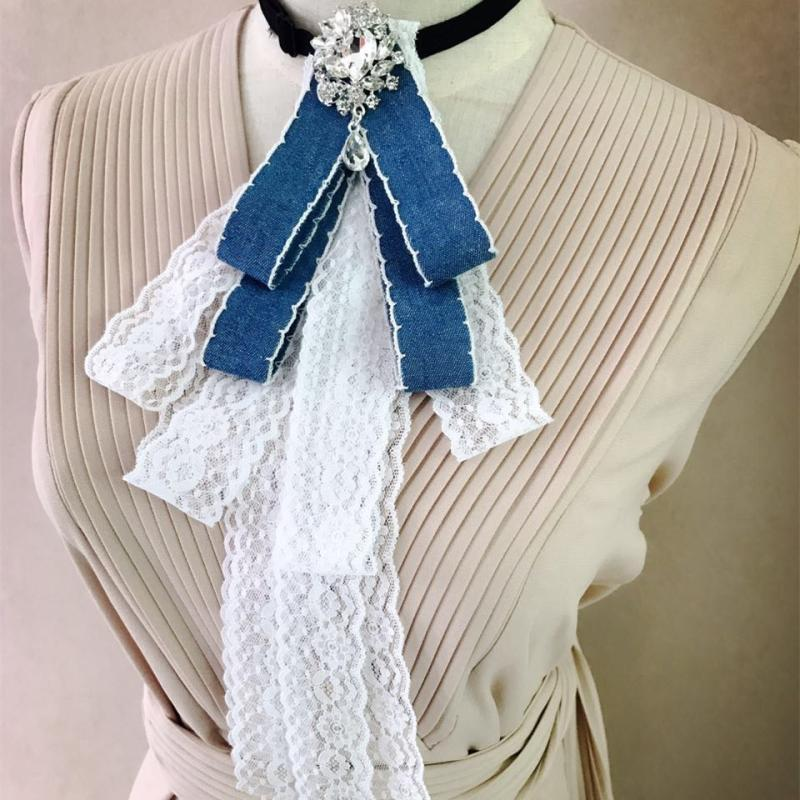 2018 Donne Di Lusso Office Lady Wedding Party Club Colletto Della Camicia Cravatta Cravatta Accessori Moda Nappe Di Cristallo Del Rhinestone Papillon