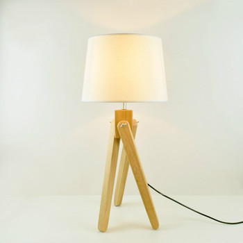 Warm fabrics oak table lamp living room study small desk light simple fashion wooden bedroom bedside lamp mx6301427
