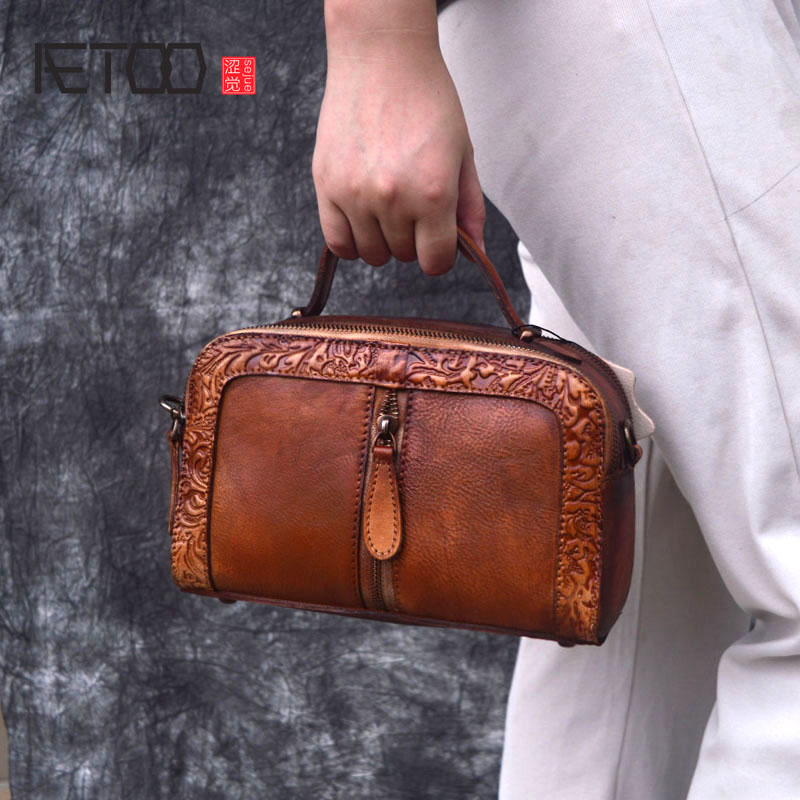 AETOO Fashion leather handbags new autumn and winter pure leather retro embossed shoulder top layer cowhide Chinese styleAETOO Fashion leather handbags new autumn and winter pure leather retro embossed shoulder top layer cowhide Chinese style