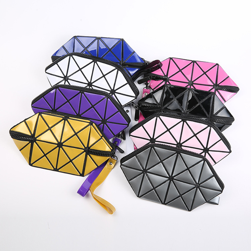 Women Organizador Bolso Geometric Stitching Triangle Clutch Pu Hand Bags Wash Cute Makeup Bag Necessarie Travel Sac Maquillage
