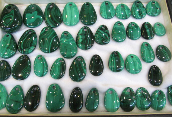 12pcs 10-60mm Genuine Malachite Pendant Malachite Bead Drilled Malachite Cabochon Malachite Charka Peacock Stone freeform drop g