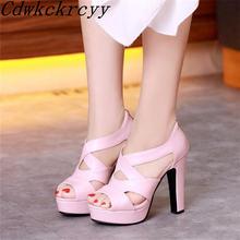 Женские босоножки с открытым носком на очень высоком каблуке
