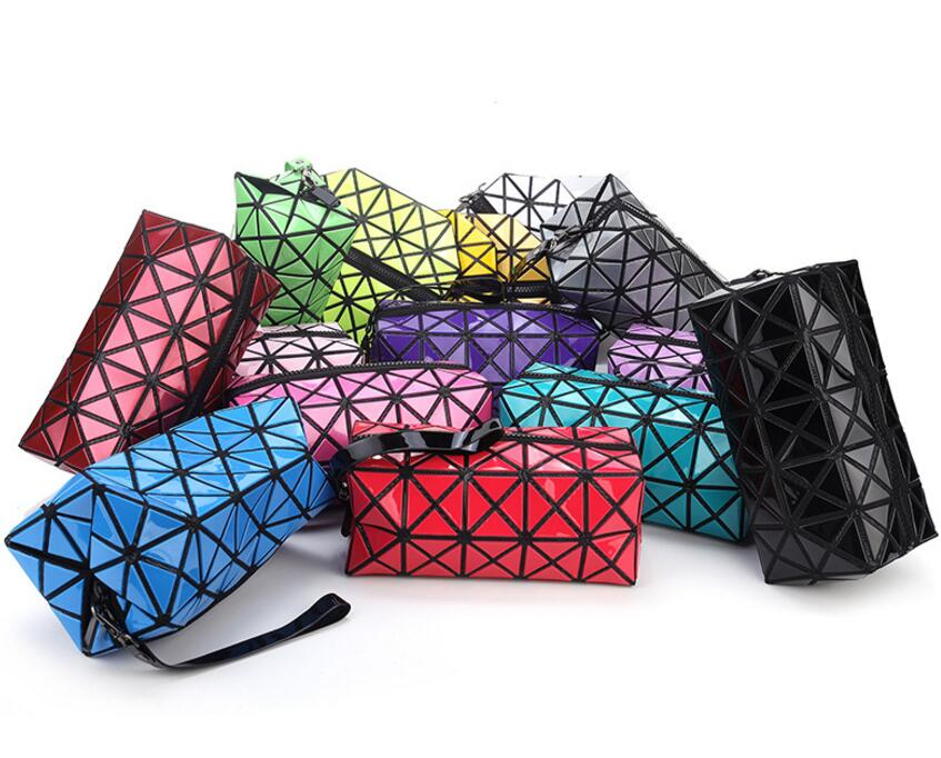 2017 Famous Bao Bao Clutch bag Diamond Lattice Wrist bag Fold Over Bags Small Women WalletCoin Purse Phone Bag baobao wallet dachshund dog design girls small shoulder bags women creative casual clutch lattice cloth coin purse cute phone messenger bag