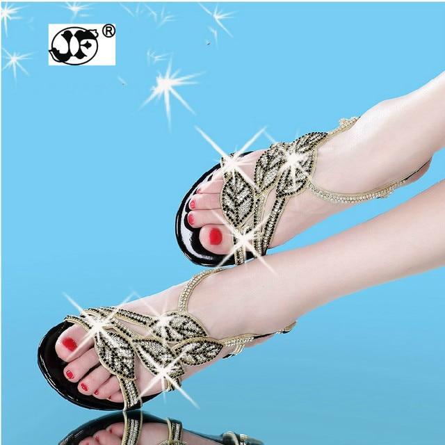 2018 New Bohemian Women Sandals Crystal Flat Heel Sandalias Rhinestone  Chain Women Shoes Thong Flip Flops Zapatos Mujer 2a4cff5069b3