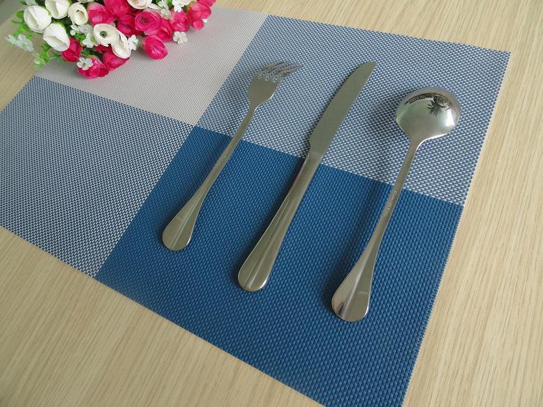 4 pçs/lote Alta Qualidade Esteira de Tabela Placemats PVC para sala de Jantar Tecido Corredor Da Tabela Pad Coasters Plásticos Não-Deslizamento Do Vintage placem £ 260