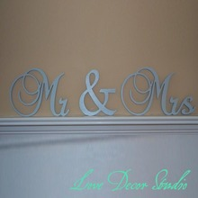 Gray New Wedding Gift Letters White Wood Mr & Mrs Sign Top Table Decoration Wedding Props