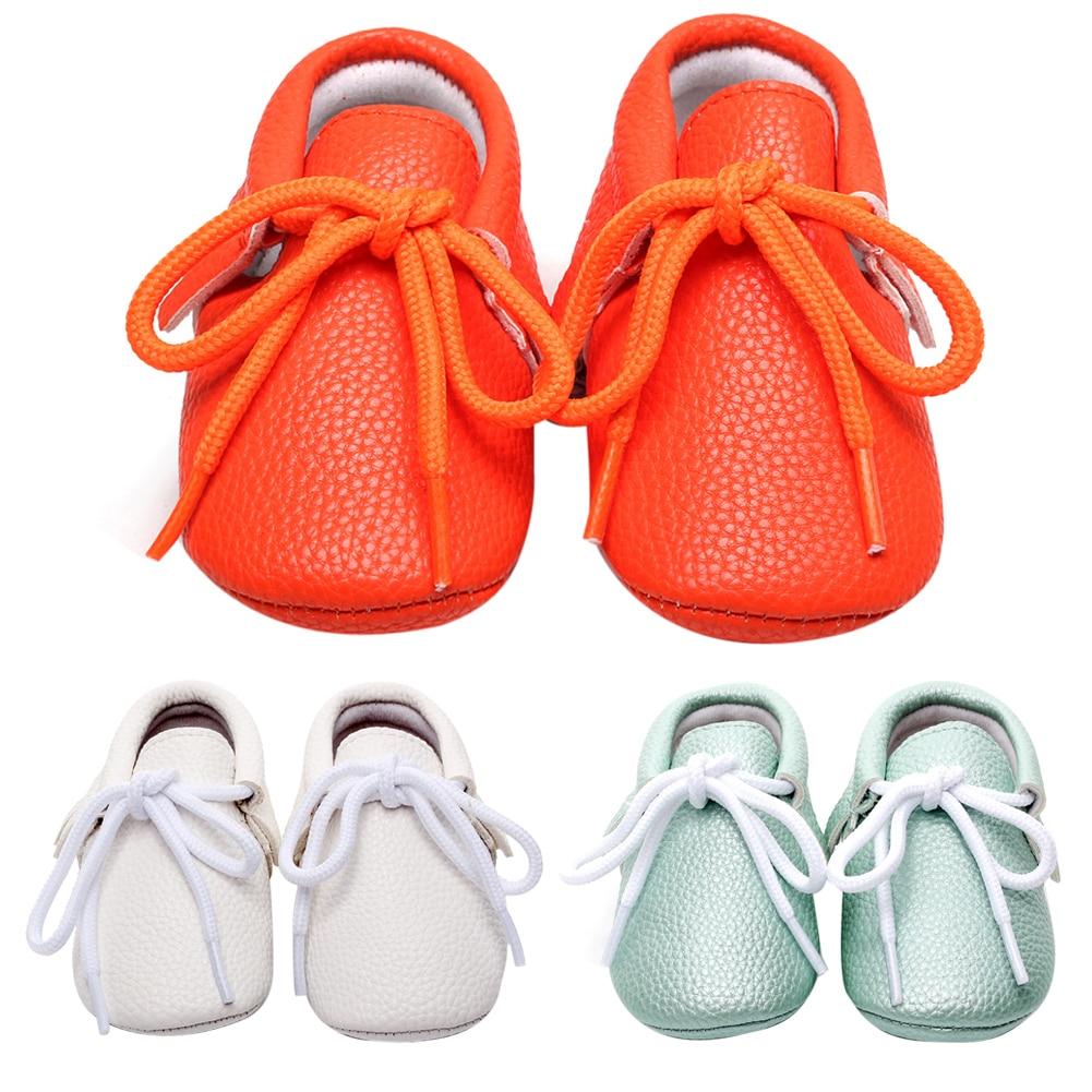 Baba cipő gyerekeknek Lányok kisgyermek fiúk cipő alkalmi puha szolga csipke-up szilárd baby mokaszin cipők kisgyermek cipő