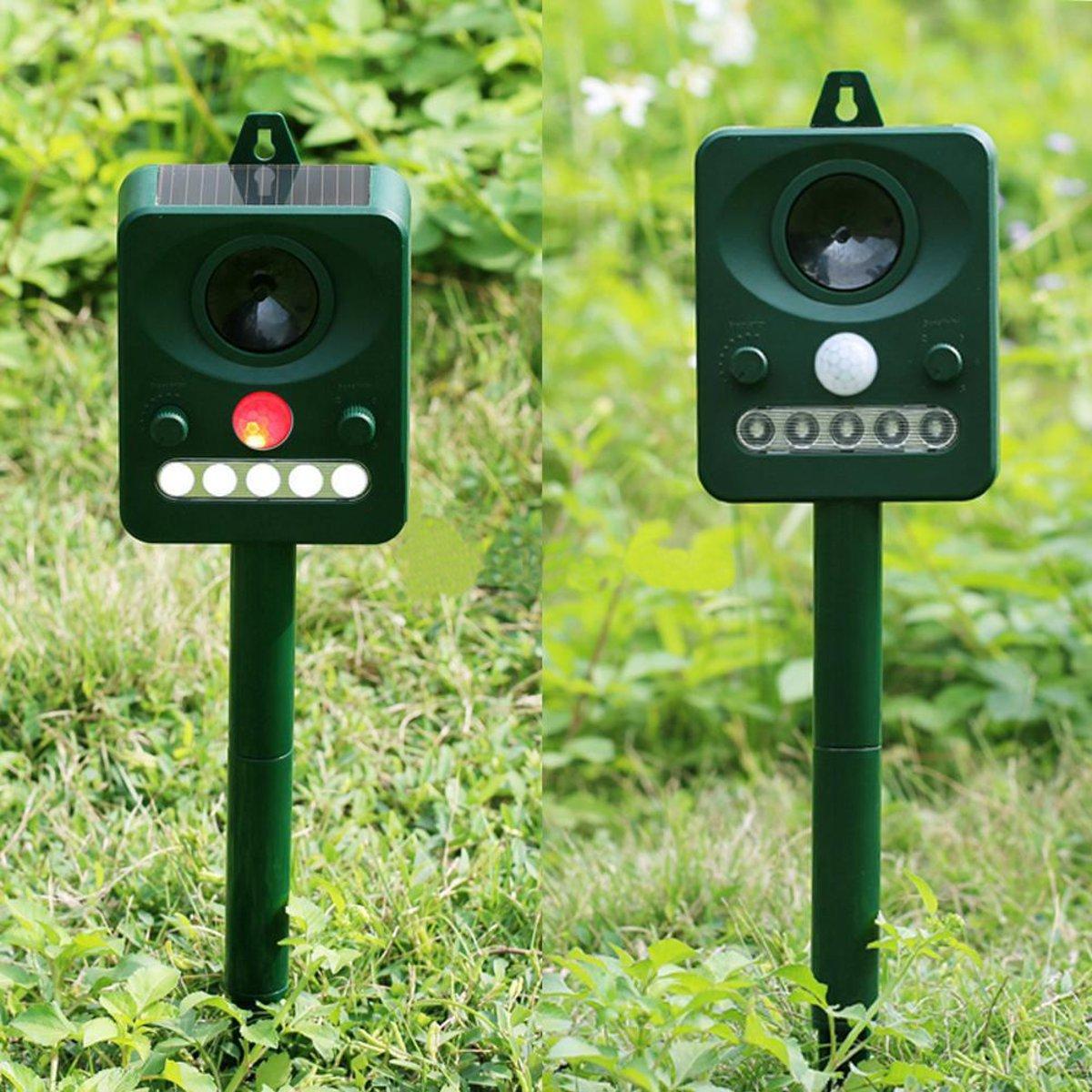 Outdoor Solar Power Ultrasonic Animal Control Repeller Garden Bats Birds Dogs Cats Repellent Deterrent Birds Scare Pest Control