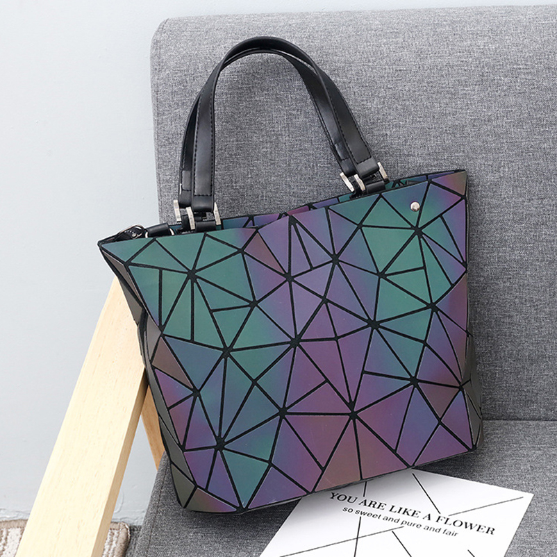 Nevenka Women Luminous Handbag Leather Shoulder Bag Women Geometric Handbags 2018 Large Tote Bag for Women Leather Crossbody Bag17