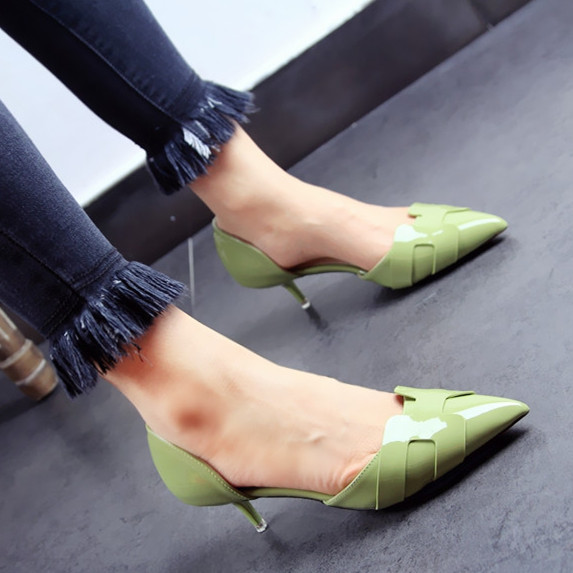 ФОТО Spring summer pointed shallow mouth thin high heels closed pumps patent leather sandals women fashion green red wedding shoes