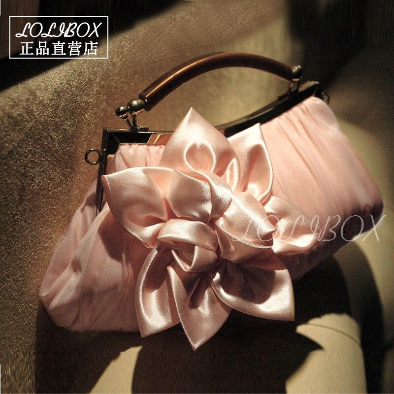 New Women Evening Clutch Bags Flower Pleated Satin Purse Clutch Hand Bag Women Shoulder Bags Wedding Party Bag Pink