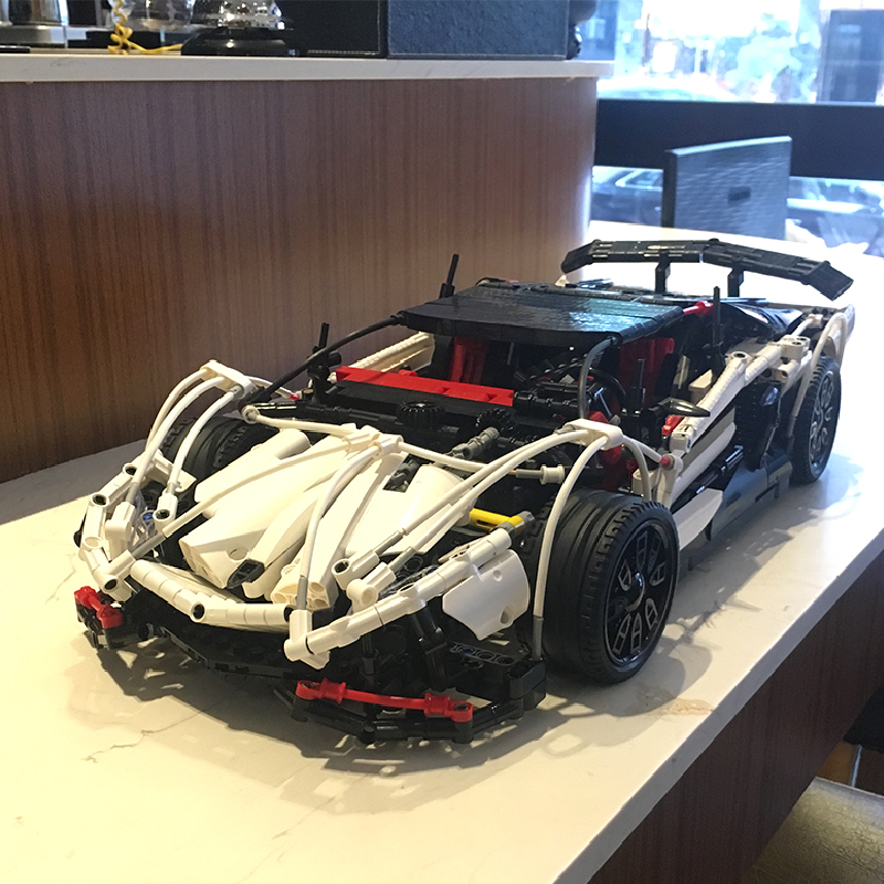 DHL LEPIN 23006 MOC Technic Series The Hatchback Type Set Racer Car 2838pcs Building Blocks Bricks Educational Toys Boy Gifts