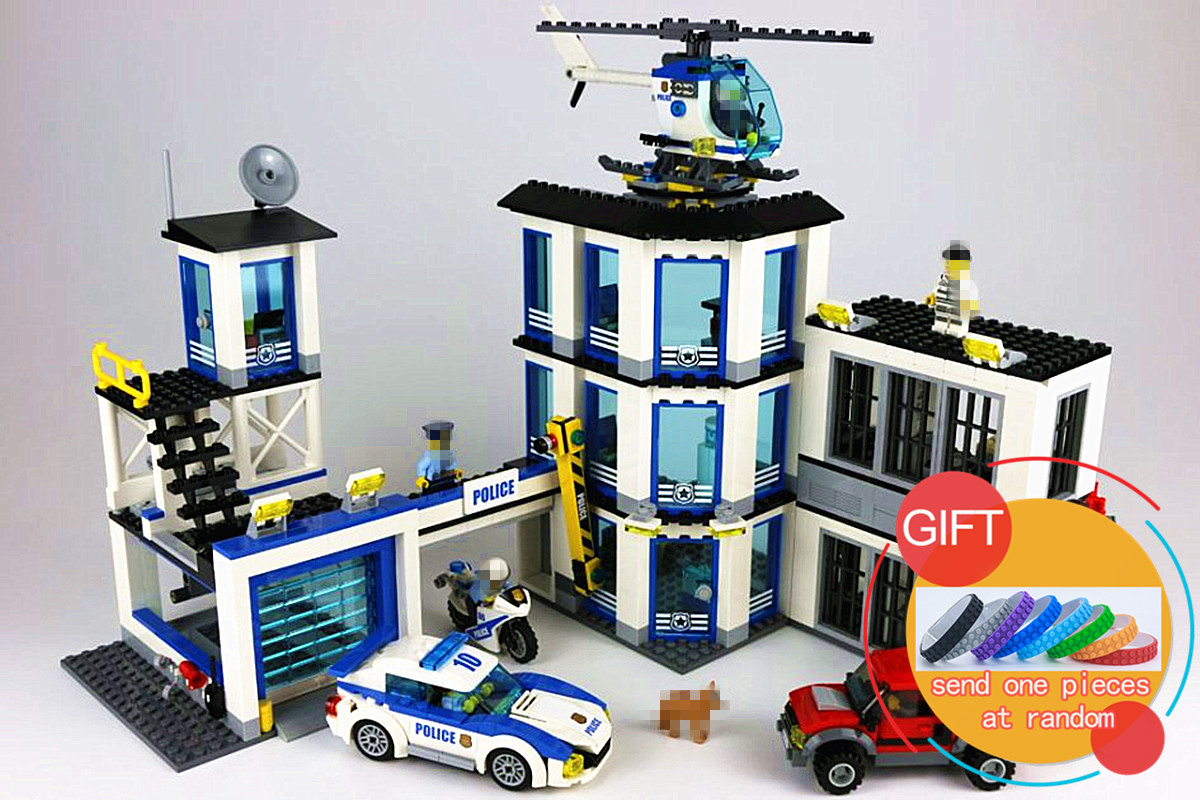 02020 965Pcs City Series The New Police Station Set Children Educational Building Blocks Bricks Boy Toys Model Gift 60141 lepin city series police car motorcycle building blocks policeman models toys for children boy gifts compatible with legoeinglys 26014
