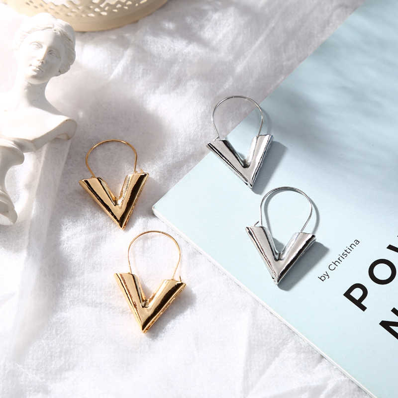 Hot Sale Letter V Shape Simple Earring for Women Girls Accessories Drop Dangle Earrings Fashion Jewelry Party Gifts