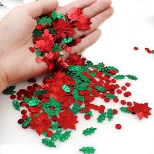Image 4 - 15 กรัมสีผสมพลาสติกคริสต์มาสสีเขียวใบสีแดงดอกไม้ Confetti Tinfoil Sequins คริสต์มาสของขวัญตกแต่ง