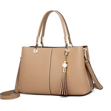 70053da1c9 Elegante e elegante mulheres de couro bolsas de couro Fino e couro tassel  decorado Genuínos das