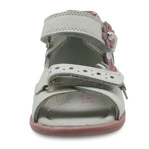 Image 2 - Apakowa Ragazze di Estate Sandali Scarpe Moda Fiori Per Bambini scarpe Basse Scarpe di Cuoio Della Principessa Scarpe Per Bambini Arco di Sostegno Formato di UE 19 23