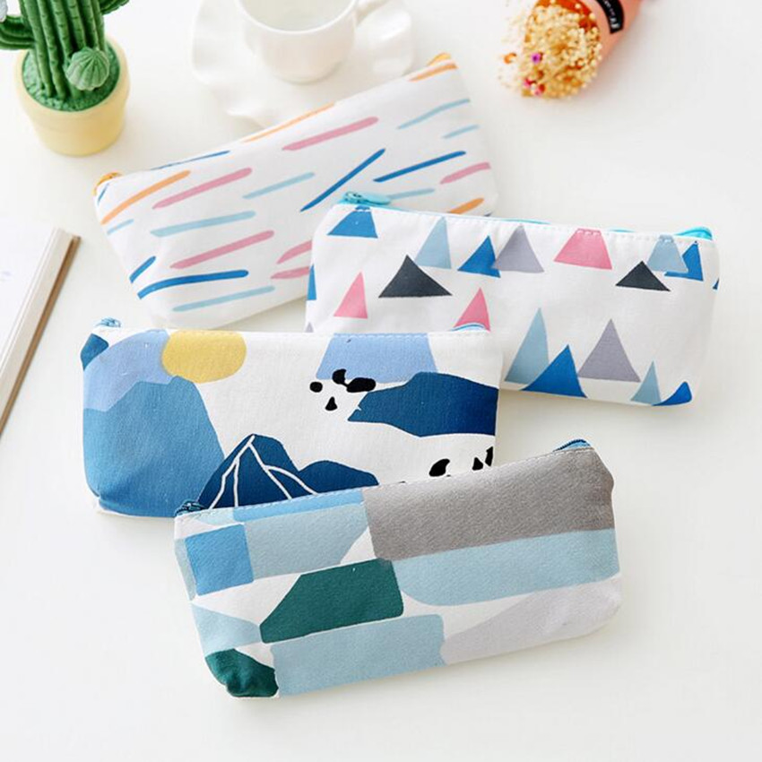 M095 2017 The New Women Purse Creative Stationery Pen Bag Forest Series Quality Canvas Fabric Pencil  Coin Purse Key Card Bag чехол для карточек who let the cats out дк2017 095