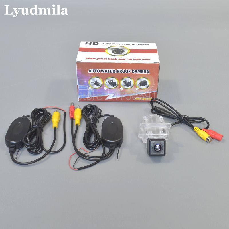 все цены на Lyudmila Wireless Camera For Mercedes Benz C Class W204 Car Rear view Reverse Camera / HD CCD Night Vision / Easy Installation онлайн