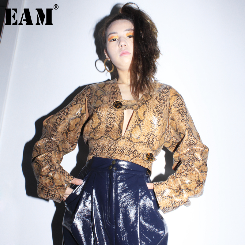 [EAM] 2020 New Spring Autumn V-collar Long Sleeve Pattern Printed Hollow Out Loose Shirt Women Blouse Fashion Tide JL582