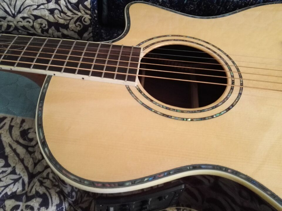 stock guitar 40 electric acoustic guitar with 101 eq needs to be repaired china free. Black Bedroom Furniture Sets. Home Design Ideas