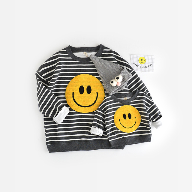 2016 baby girls boys autumn/winter wear warm smile cartoon sweaters children pullovers outerwear baby sweater free shipping