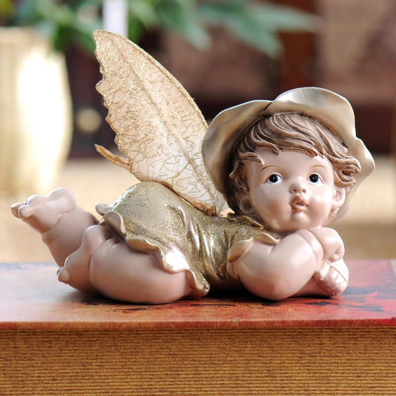 Fashion resin home decoration child real baby doll colored drawing gift resin retro nostalgic old furniture fairy home decor
