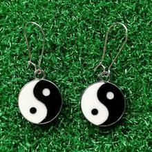 купить Bijoux Enamel YIN YANG Drop Earrings For Women Retro Fashion Jewelry Design Dangle Earrings Statement Earrings по цене 83.82 рублей