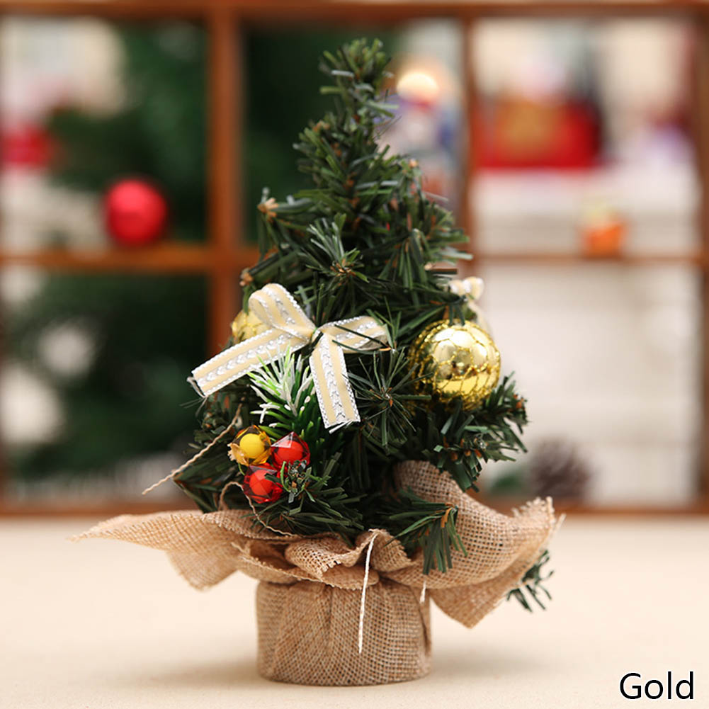 Small decorated christmas tree - New Arrival Christmas Tree A Small Pine Tree Placed In The Desktop Mini Christmas Decoration For