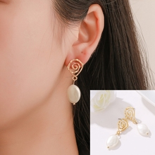 Geometric Temperament Pearl Earrings Retro Spiral Style Yagin Fashion Creative Wave Lady Wholesale