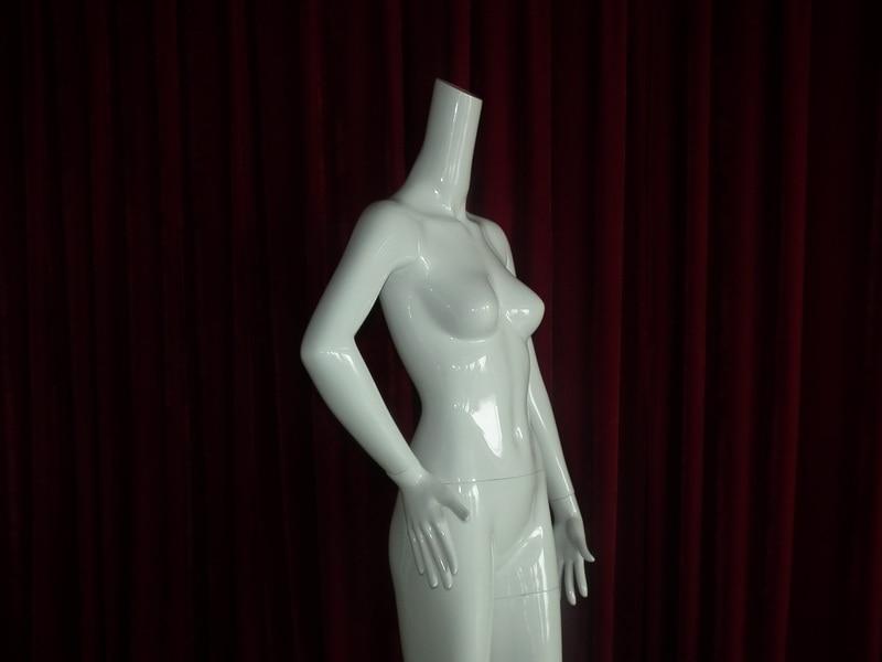 EMA-W032B_mannequin_03