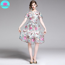 2019 European and American summer heavy work embroidered flowers short-sleeved ladies waist dress