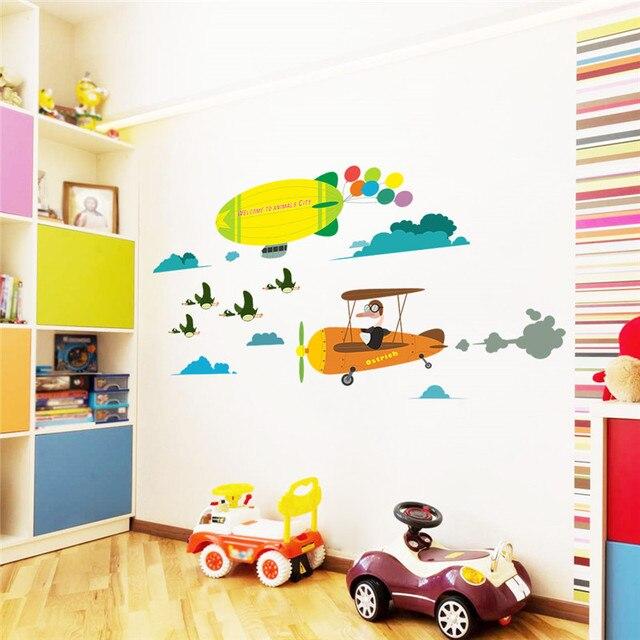 kleine zimmerrenovierung kinderzimmer bunt dekor, cartoon flugzeug ballon vögel wandaufkleber für kinderzimmer jungen, Innenarchitektur